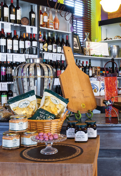 Wine & Gifts for the Home & Garden